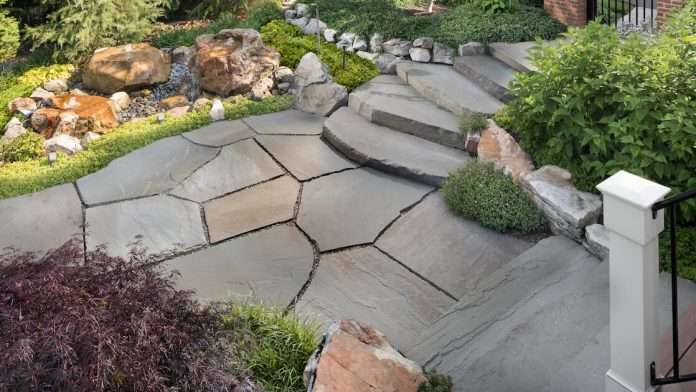 how to build a flagstone patio with mortar