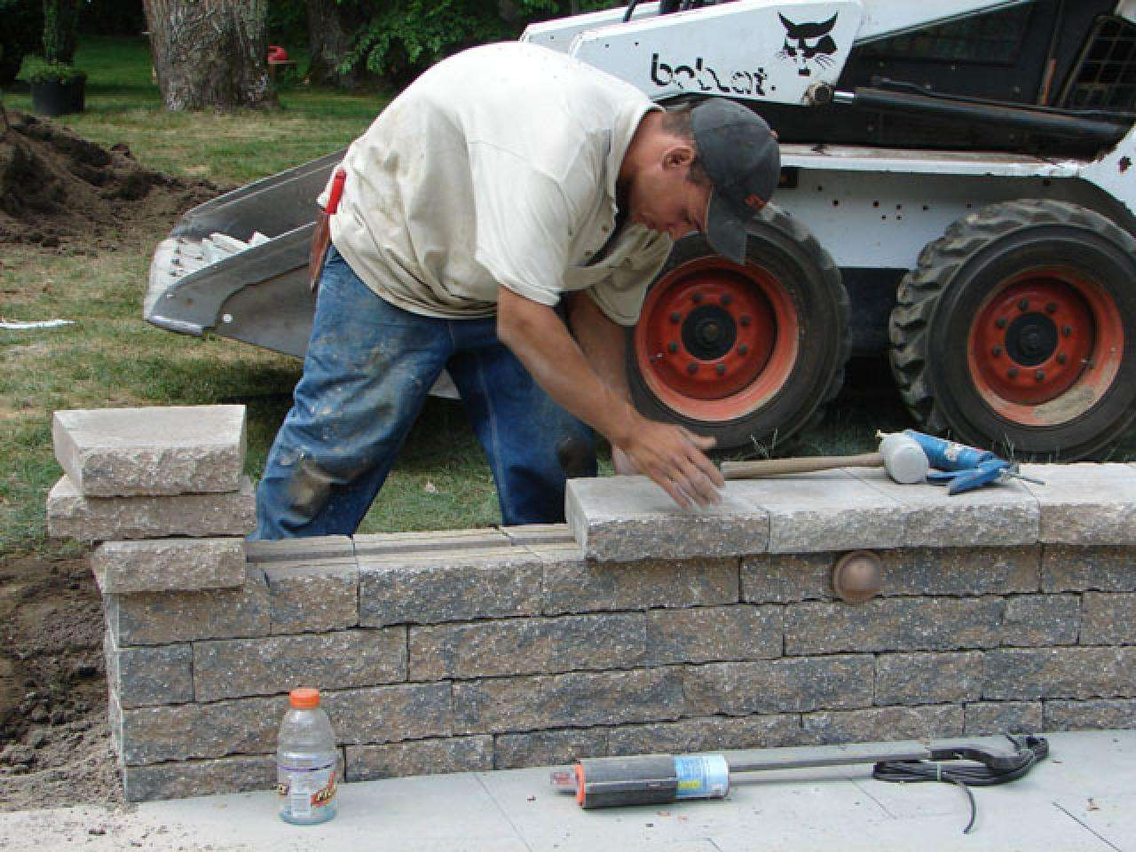 How to Build a Kidney Shaped Patio and Sitting Wall